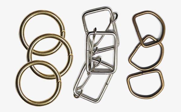 Categoria Ferragens: mosquetões, reguladores, argolas, meia argolas, rebites, ilhóses,